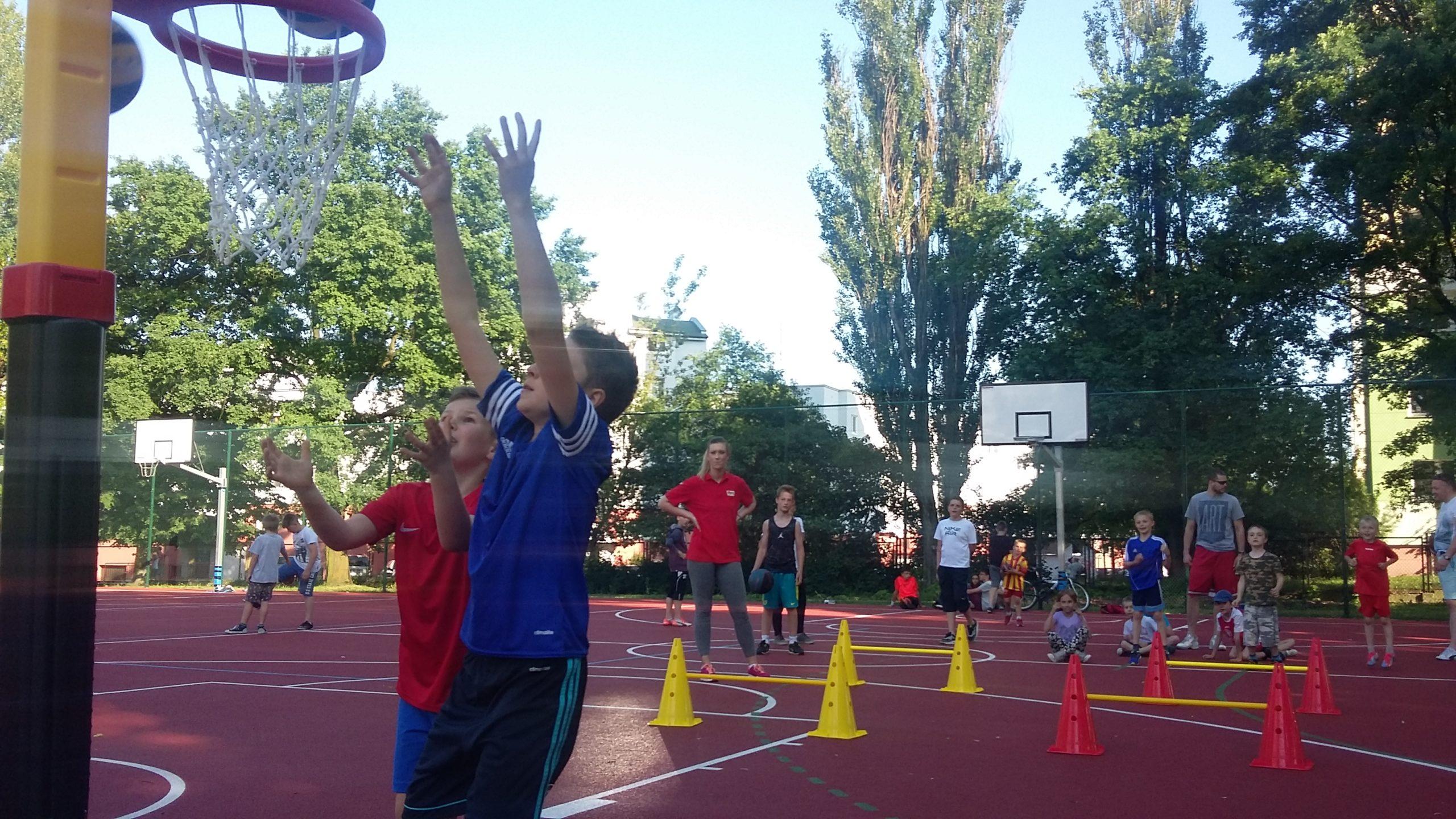 Promocja koszykówki na Radogoszczu