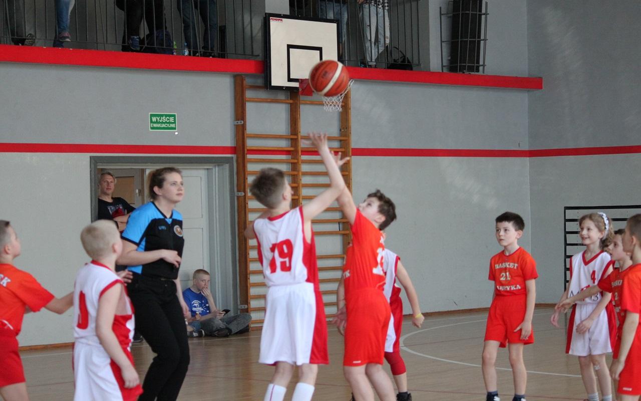 Mecz w rozgrywkach U 11 z ŁKS MiniBasketLiga Szkoła Gortata